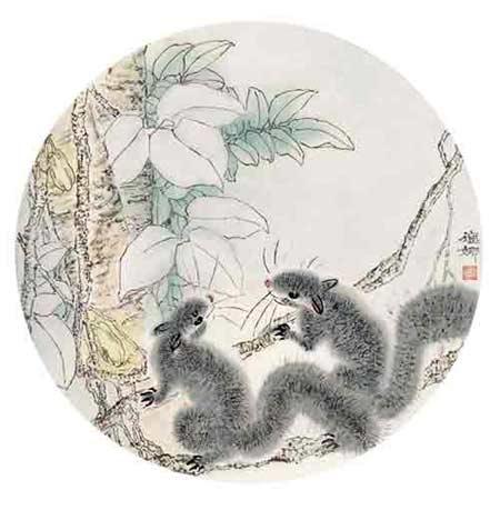 充分的体现出了一位女性画家的绘画柔情,松鼠在其笔下嬗变成具有无比